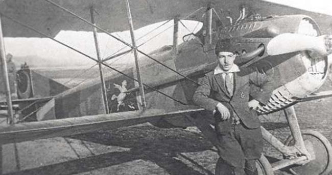 Tarihte Rus uçağı düşüren ilk Türk