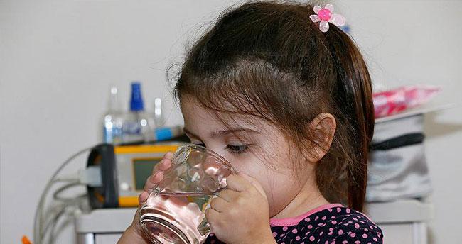 Yaklaşık 1 yıldır su içmesi yasaktı