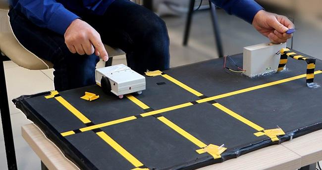 """""""Akıllı Otopark Sistemi"""" Robot Yarışmasında Finalde"""