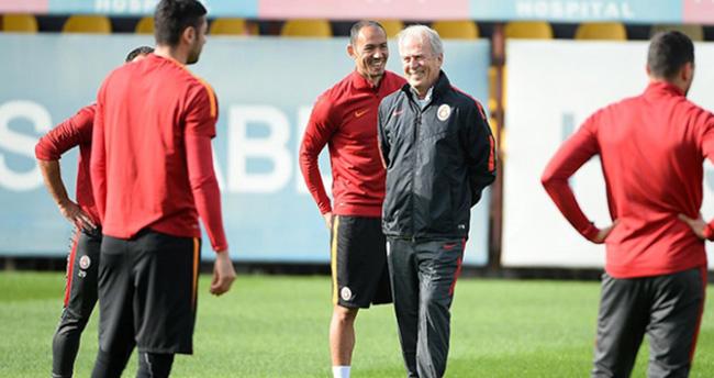 Denizli, Galatasaray'da ilk antrenmanına çıktı