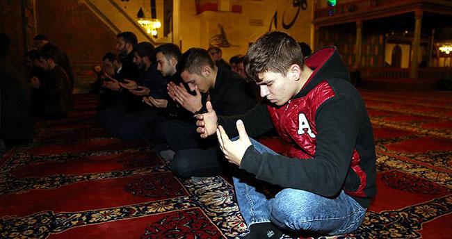 Bayırbucak Türkmenleri için dua ettiler