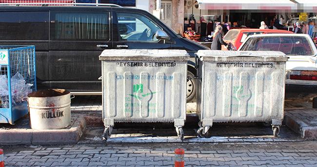 Beyşehir'de Mahallelere Kül Kovaları Dağıtıldı