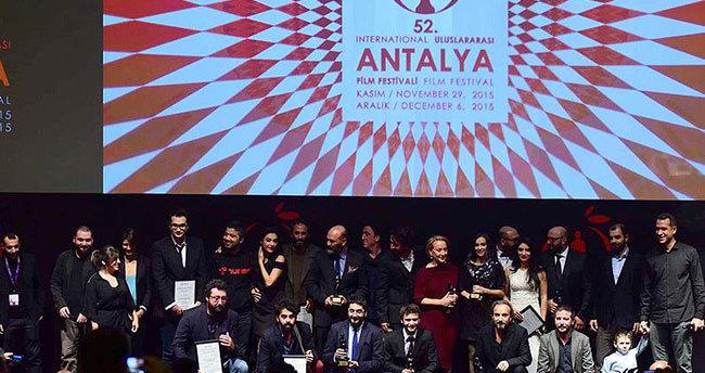 52. Uluslararası Antalya Film Festivali'nde ilk ödül töreni gerçekleştirildi