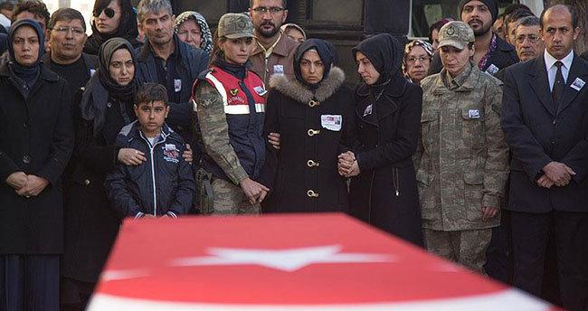 Şehit Uzman Çavuş Karakuşoğlu son yolculuğuna uğurlandı