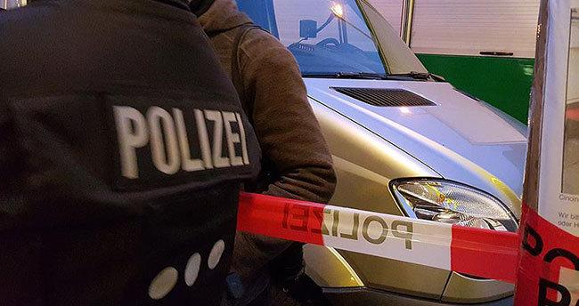 Almanya'da sığınmacı merkezine taşlı saldırı