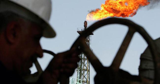 Petrol fiyatları Türkiye'nin faturasını 21 milyar dolar azaltacak