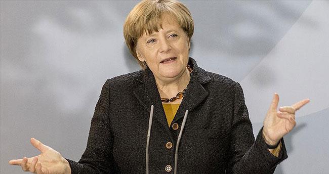 Almanya Başbakanı Merkel: Esed çözümün parçası olamaz