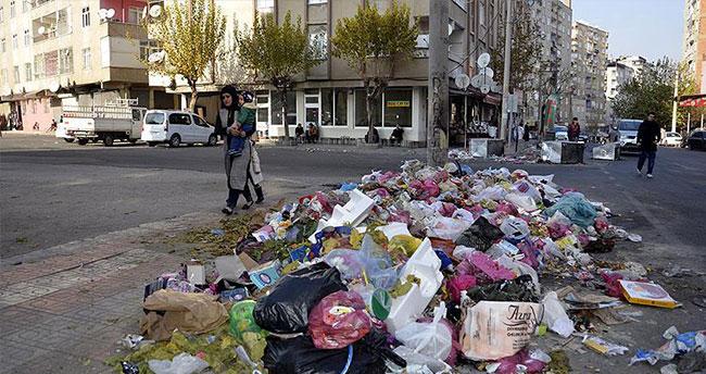 Diyarbakır ve Şırnak'ta belediye hizmetlerinde aksama
