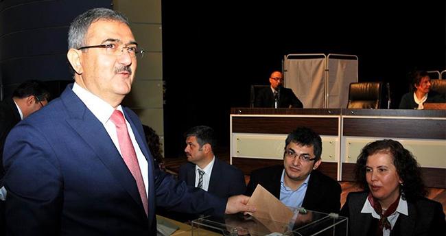 Prof. Dr. Mustafa Şahin, Selçuk Üniversitesi Rektörlük Adayı Seçimlerinde En Yüksek Oyu Aldı