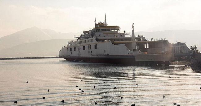 Yeni feribot Van Gölü'nde ilk seferini yaptı