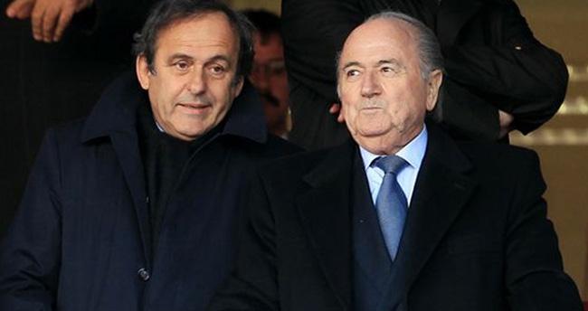 Blatter ve Platini 8'er yıl futboldan men cezası aldılar