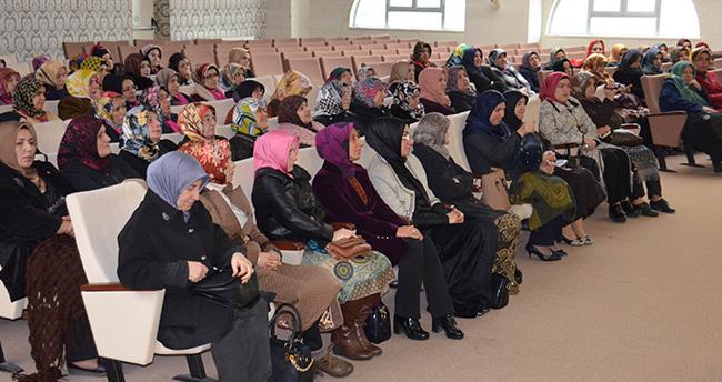 AK Parti Kadın Kolları'ndan Kutlu Doğum Programı