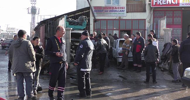 Beyşehir'deki oto hurda deposunda yangın çıktı