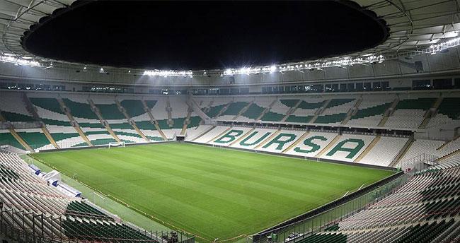 Bursaspor-Trabzonspor maçı yeni statta oynanacak