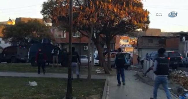 Diyarbakır'da polise hain saldırı: 3 terörist öldürüldü