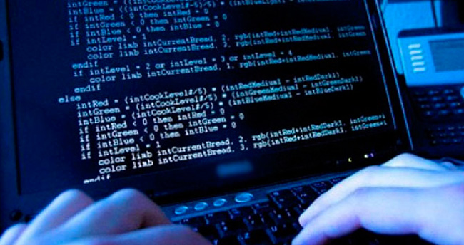 Türk sitelerine siber saldırı