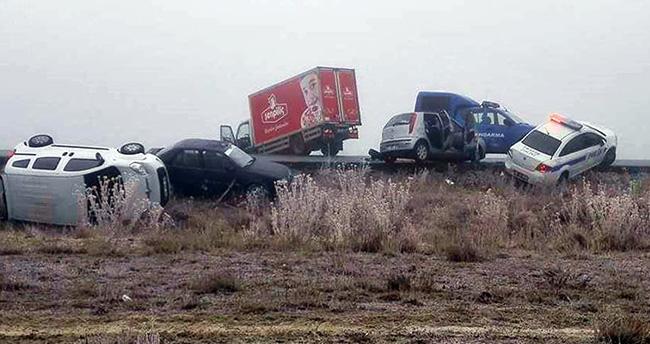 Aksaray-Konya yolunda zincirleme kaza