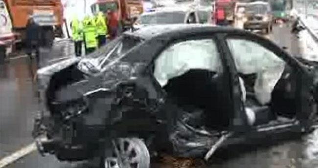 Trafik kazası: 3 ölü 1 yaralı