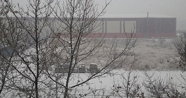 Konya'ya beklenen kar geldi