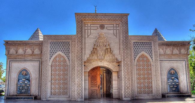 Konya'daki İstiklal Harbi Şehitleri Abidesi'ne ilgi artıyor