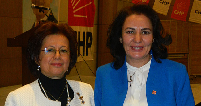 Nazife Demirhan, CHP Konya İl Kadın Kolları Başkanı seçildi