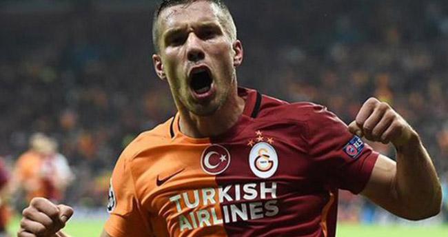 Lukas Podolski: En kısa zamanda dönüyorum