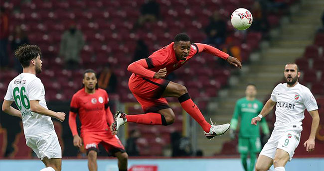 Galatasaray kupada kayıpsız