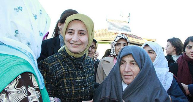 Sare Davutoğlu ana ocağında