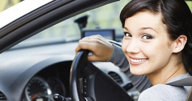 Ehliyet alacaklar dikkat! 'Trafik Adabı' dersi geliyor
