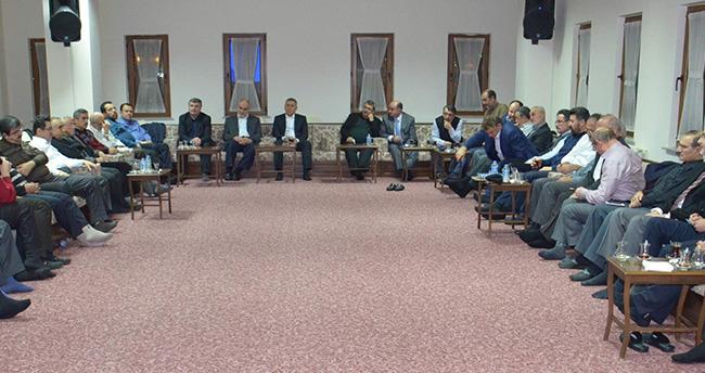 AK Parti Konya İl Başkanı Arat, STK Temsilcileri ile buluştu