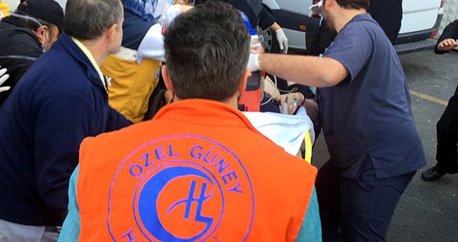 Sultanahmet'teki olay yerine giden polis ekibi kaza yaptı