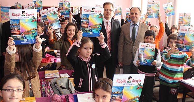 Beyşehir Belediyesi'nden öğrencilere Küçük Gezgin kitabı