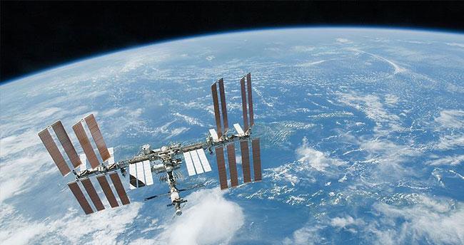 Astronotlar uzay yürüyüşü yaptı