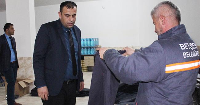 Beyşehir Belediyesi'nden personele koruyucu elbise