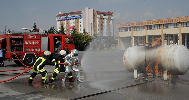 Konya'da 2015 yılında 8 bin 296 yangın söndürüldü