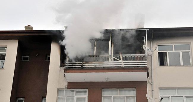 Akşehir'de ev yangınında 2,5 yaşındaki çocuğun vücudu yandı