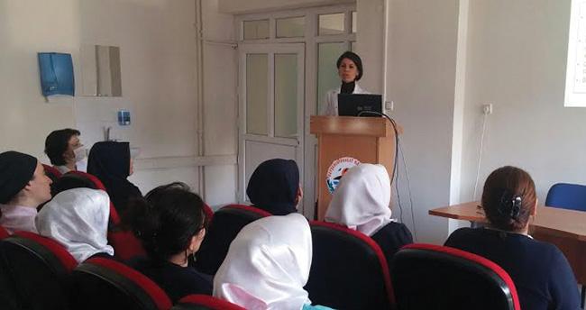 Beyşehir'de sağlık çalışanlarına eğitim semineri