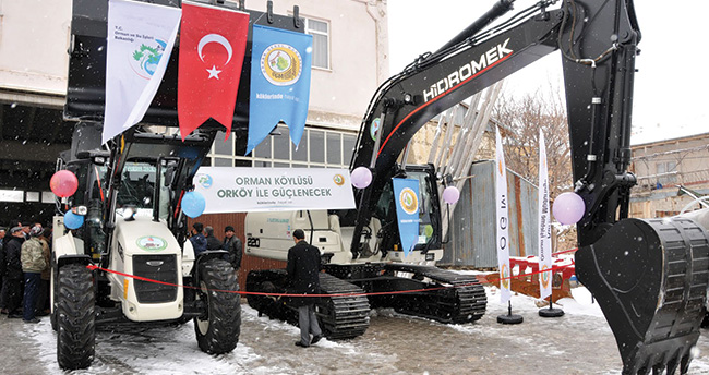 Karaman Tarımsal Kalkınma Kooperatifine iş makinesi