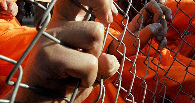 Guantanamo'dan iki tutuklu daha gönderildi