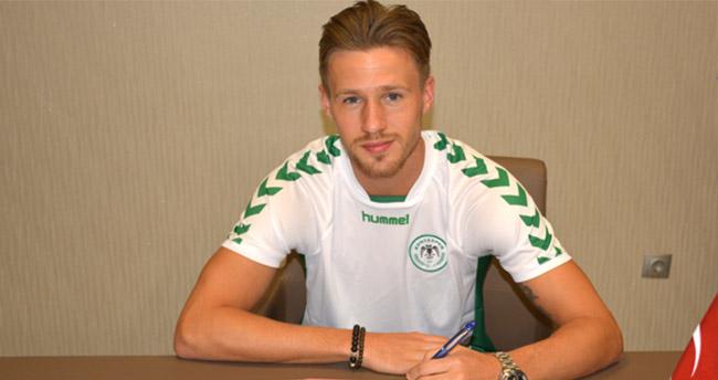 Torku Konyaspor Douglas ile 3,5 yıllık sözleşme imzaladı
