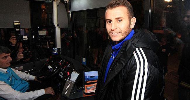 Tuzlaspor, Fenerbahçe maçına halk otobüsüyle geldi