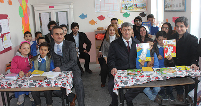 Konya'da Genç Tıbbıyeliler'den öğrencilere destek