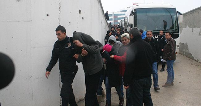 Konya'daki uyuşturucu operasyonunda şüpheliler adliyede