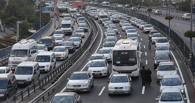 Koç'un cenazesi nedeniyle İstanbul'da yarın bazı yollar trafiğe kapatılacak