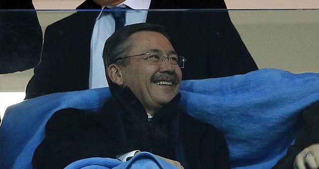 Melih Gökçek: Galatasaray'a şansımız tutuyor