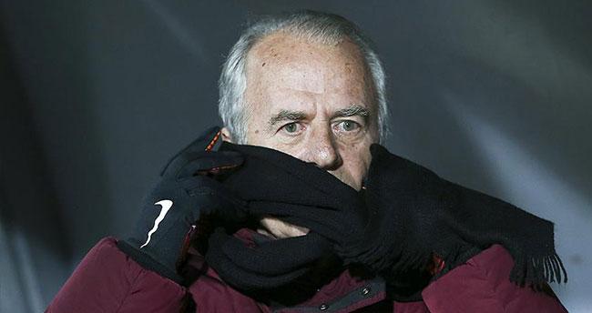 Mustafa Denizli: Kadro bakımından sıkıntı çekmekteyim