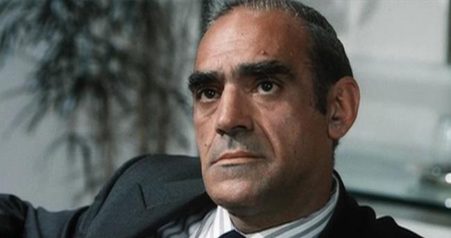 'Baba' filminin ünlü oyuncusu hayatını kaybetti