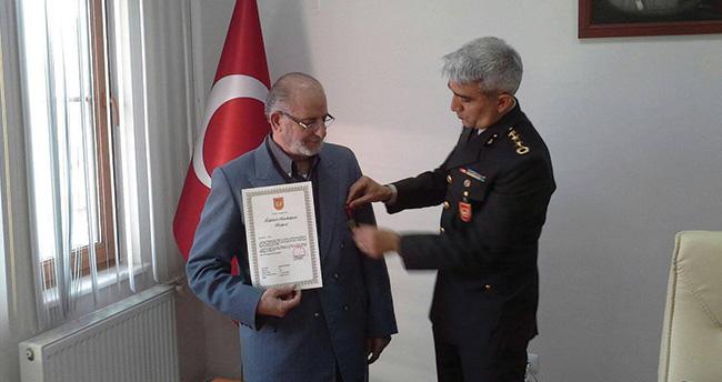 Hiç görmediği babasının İstiklal Madalyası'nı aldı