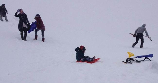Konya'nın kayak merkezi Aladağ'da sömestr tatili