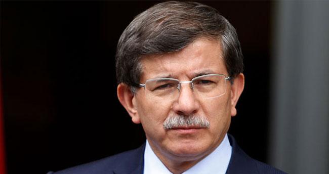 Davutoğlu: Kürtler olmadan masa kurulmaz ama teröristler olmamalı
